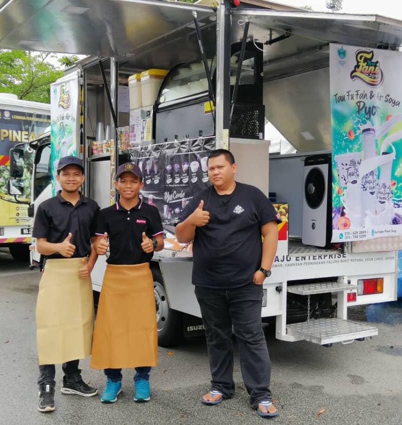 Pelanggan Air soya sedap Johor